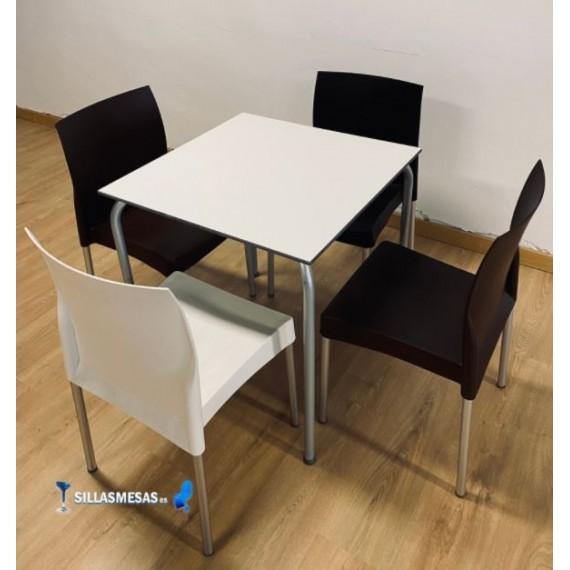 Conjunto 4 sillas VIVO y 1 mesa VIVO