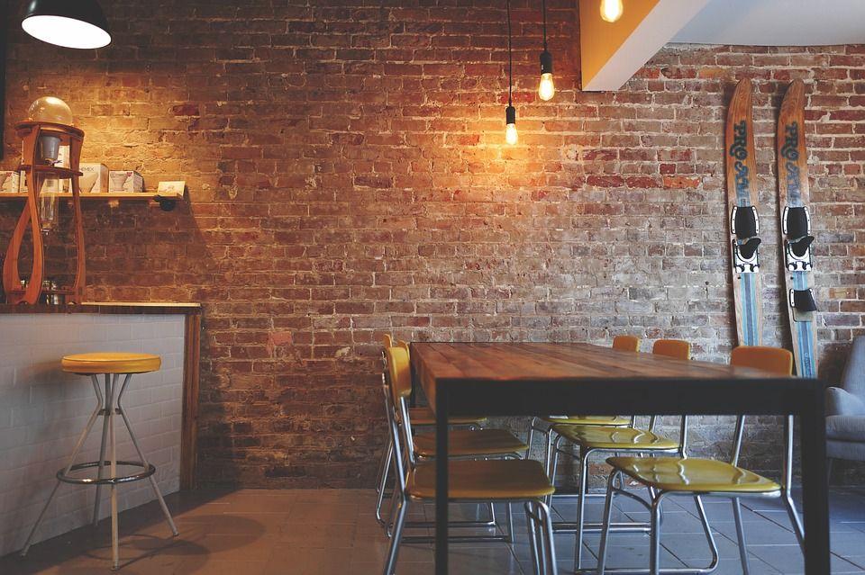 Mesas para hostelería de materiales naturales