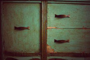Cómo restaurar muebles viejos