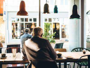 Barra en una cafetería