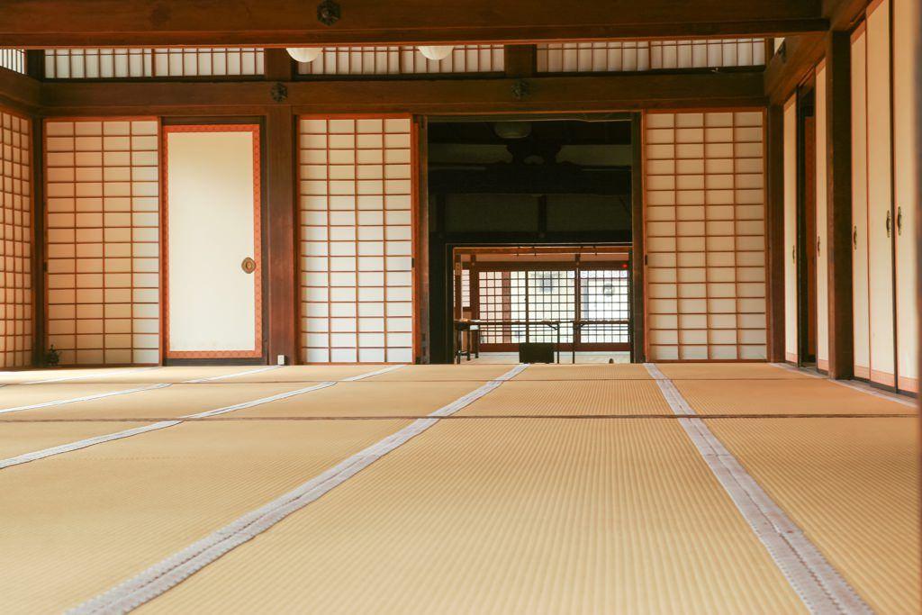 Espacio interior de una casa tradicional japonesa