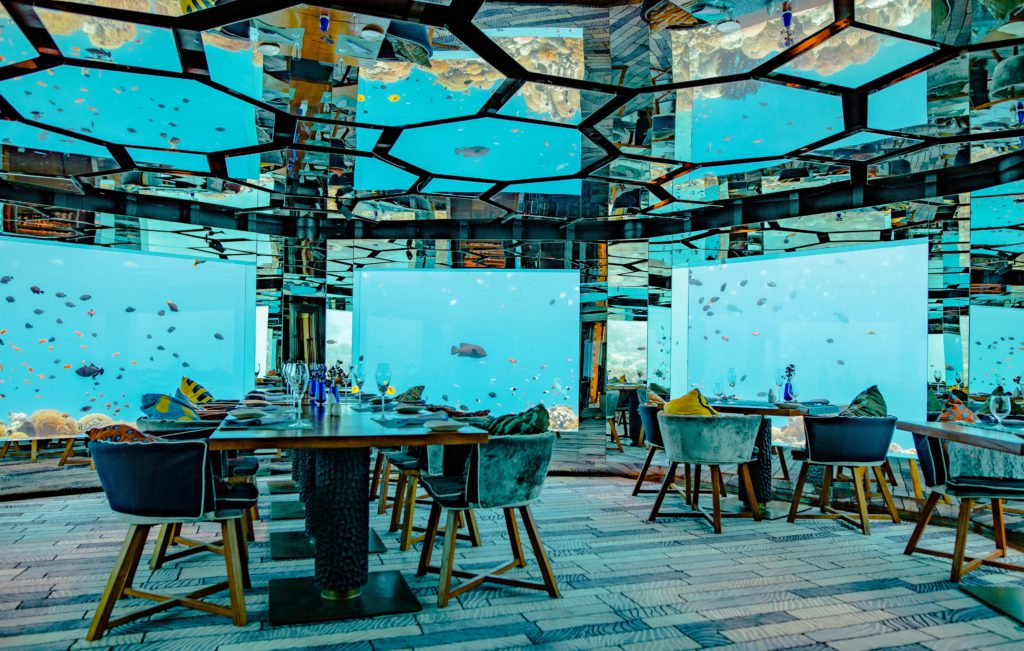 Decoración con espejos en el techo