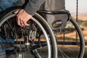 Cómo adaptar un local de hostelería para discapacitados y minusválidos