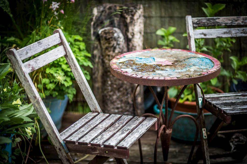 Cómo proteger madera exterior y el mobiliario de jardín