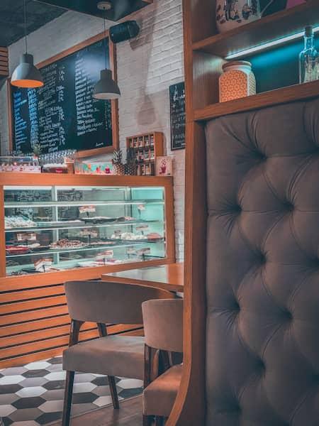 Decoración moderna de bares pequeños