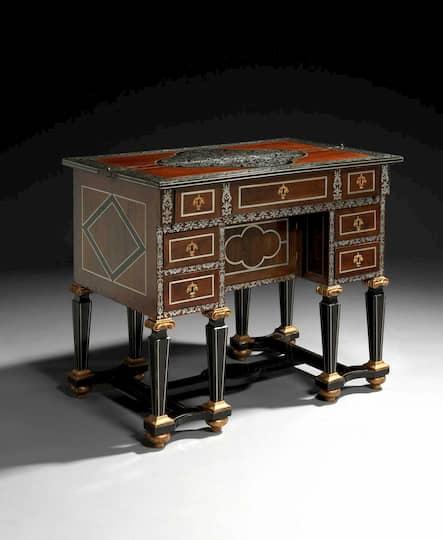 Mobiliario estilo barroco modelo mesa época Luis XIV