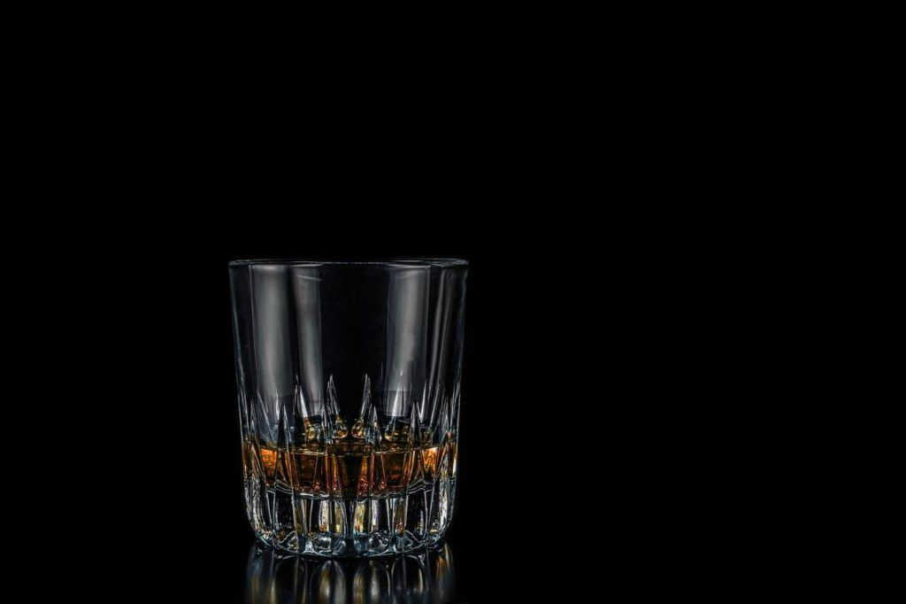 Vaso rock glass para servir whisky en bares y restaurantes