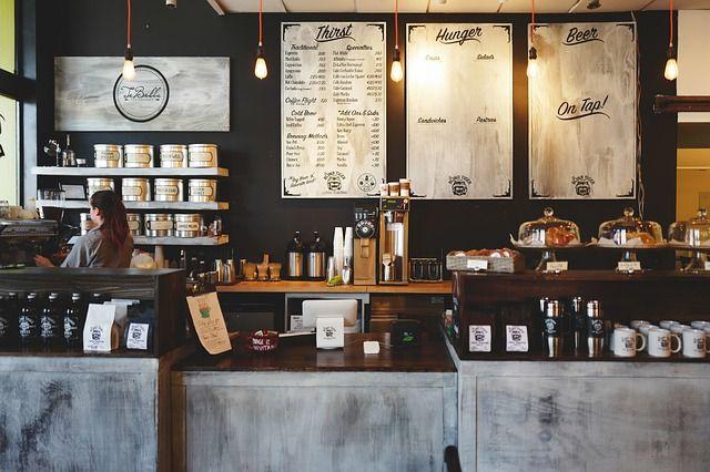 Barra de bar en cafetería