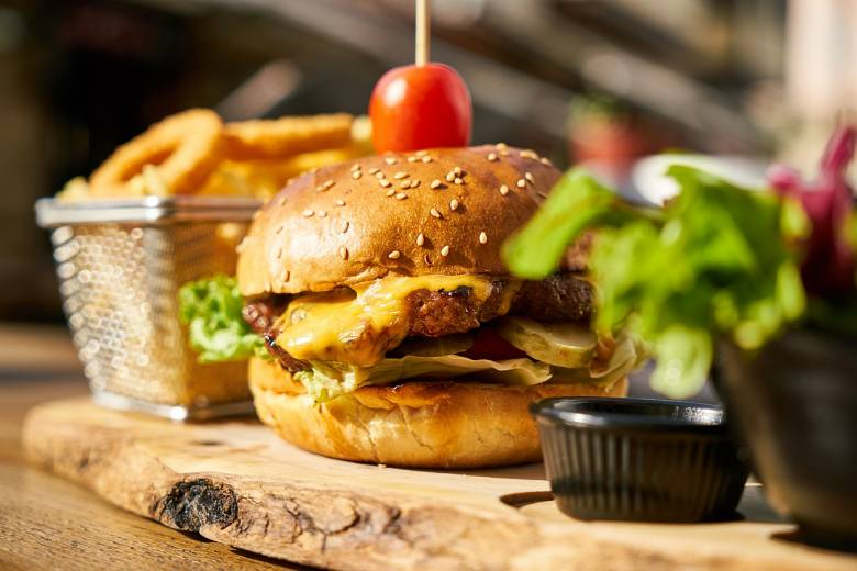 Que se necesita para abrir un restaurante hamburguesería