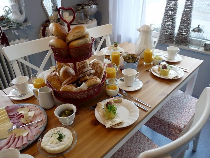 Cómo montar mesa para desayuno