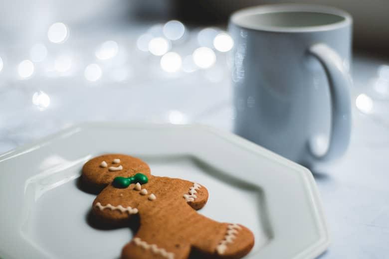 decoración de los platos de un restaurante en navidad