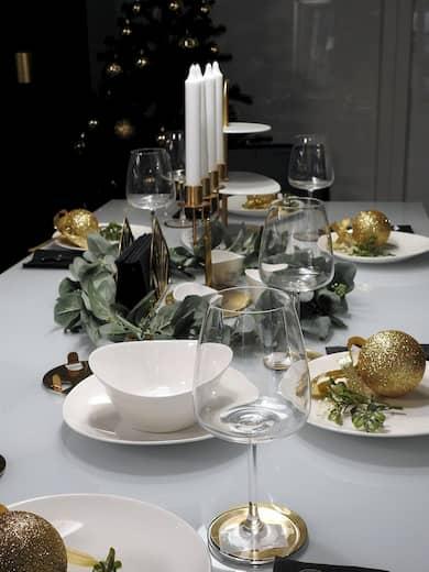 Ejemplo de decoración navideña de mesa