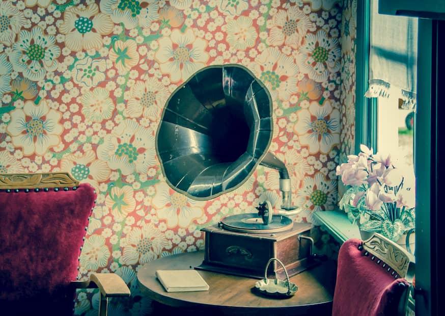 Gramófono de estética vintage