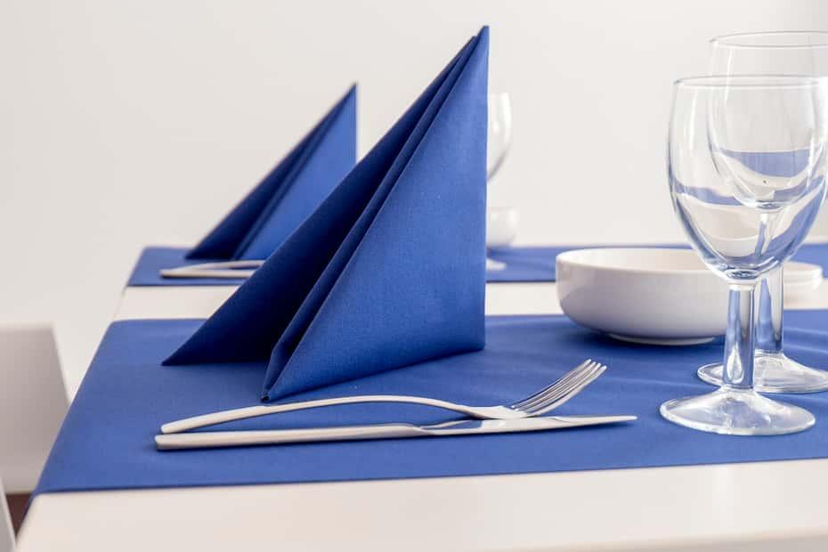 Cómo doblar servilletas de tela o de papel de forma creativa