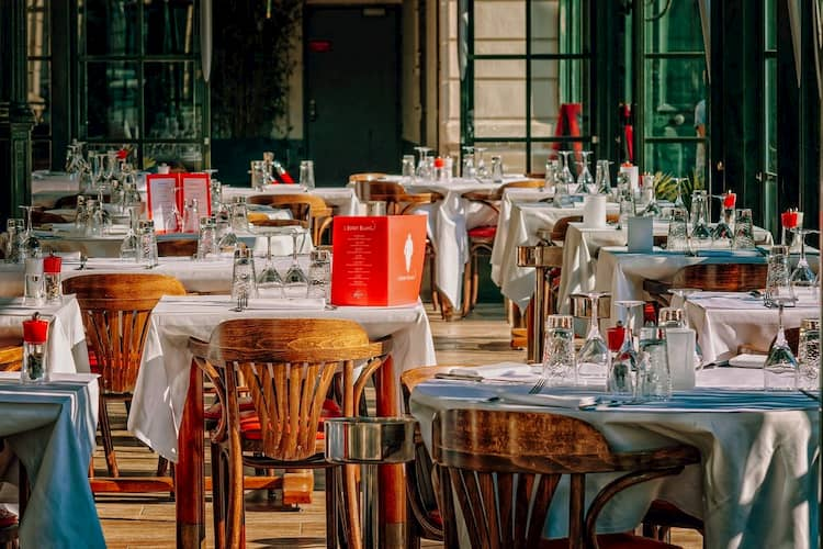 Tipos de restaurantes según el numero de tenedores