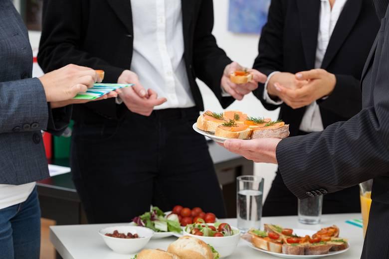 Requisitos para montar un catering para empresas