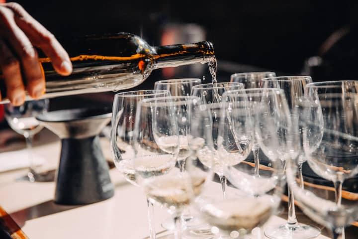 Copas adecuadas para servir vino tinto, blanco, rosado, jóvenes y reservas